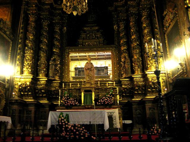 Coimbra, Monastery of Santa-Clara-a-Nova, tomb of the Queen Saint Isabel