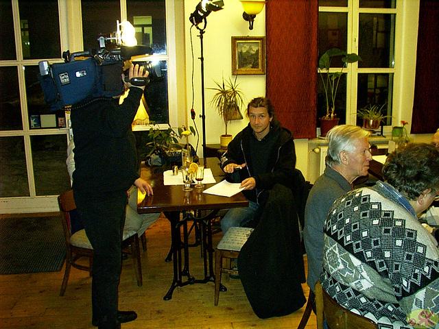 2009-01-12 11 Eo-kutimtablo, mezgermana televido filmas nin en Neustädter Diechl