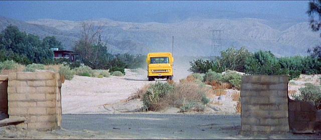 3 Women - Dodge City (82)