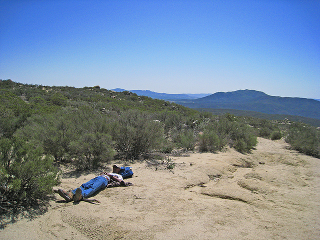 Cliff Resting On The Trail To South Fork Of The San Jacinto Creek (0375)
