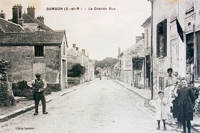 Rue Grande -  le café