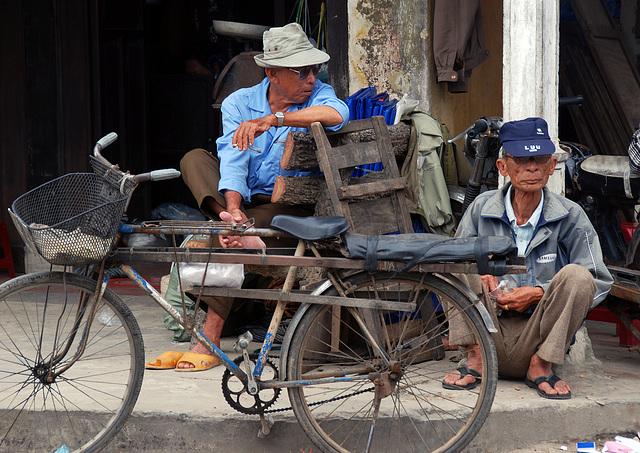 Street Scene in Hoi An