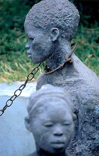 Sklavoj - memormonumento en Sanzibaro
