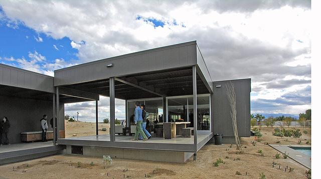 Marmol Radziner Prefab Desert House (3147)
