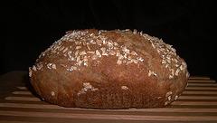 Buttermilch-Haferflockenbrot