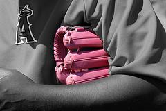 Pink Baseball Glove (1000A)