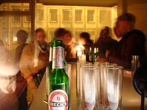 DEO Bar dunkel und  schnuckelig. Frankfurt April 2008