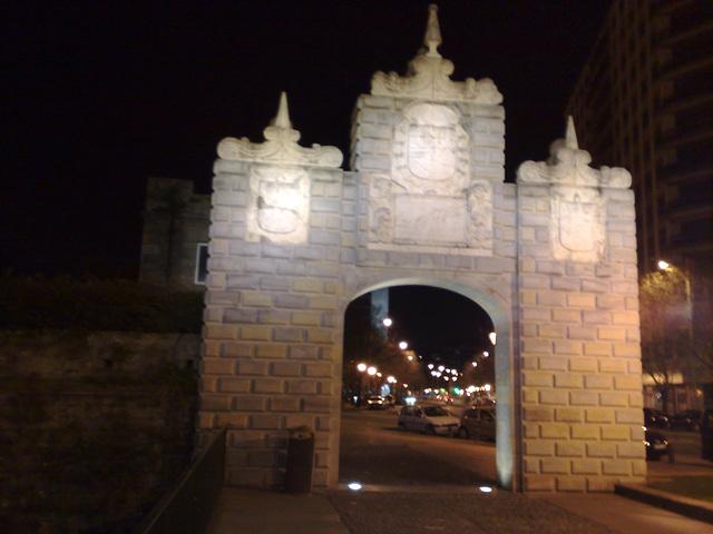 Pamplona: Portal Nuevo en la Taconera.