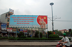 Ho Chi Min grüßt