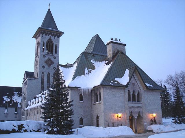 Abbaye / Abbey - St-Benoit-du-lac  /  Québec- CANADA - Février 2009- Originale