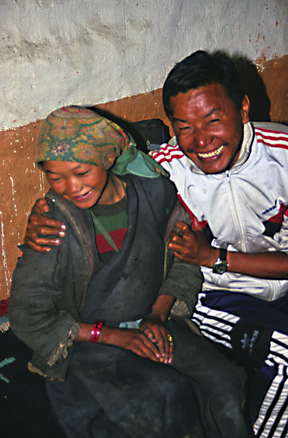 Shy Thakkali girl and our Sherpa guide
