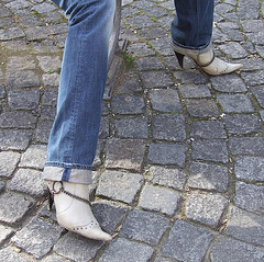 Rachel in her boots - Rolled-up jeans and lascivious boots /  Avec permission /  With permission