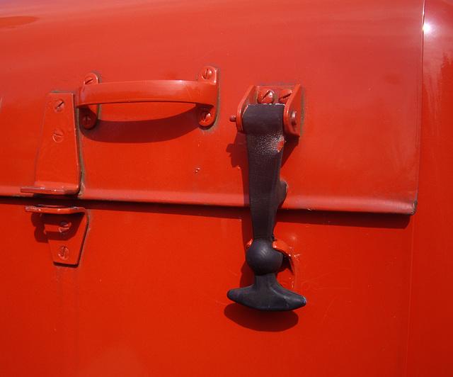 Detail am alten Feuerwehrauto  / Detail of a vintage fire engine