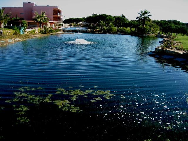Algarve, Vila Sol Hotel, lake