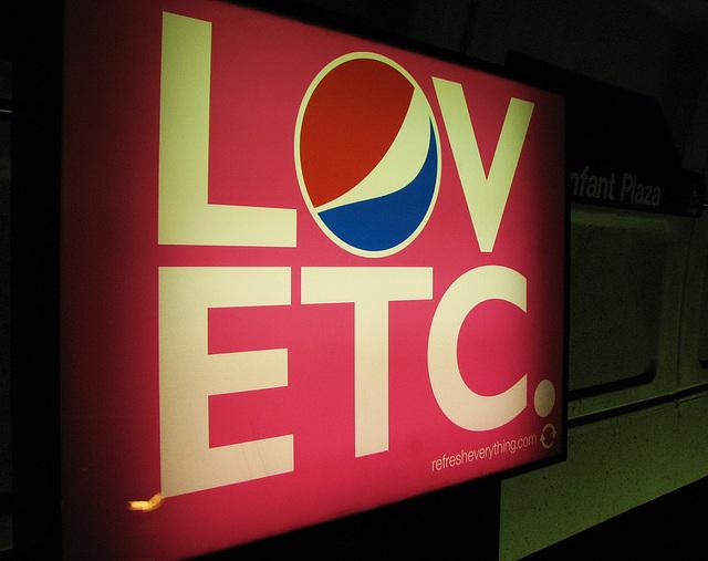 04.Pepsi.Refresh.WMATA.L'EnfantPlaza.SW.WDC.7feb09