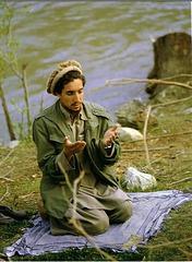 Ahmad Shah Massoud en prière