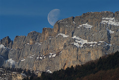 Moon & Vercors