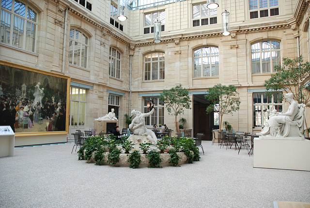 LE MUSEE COUR COUVERTE