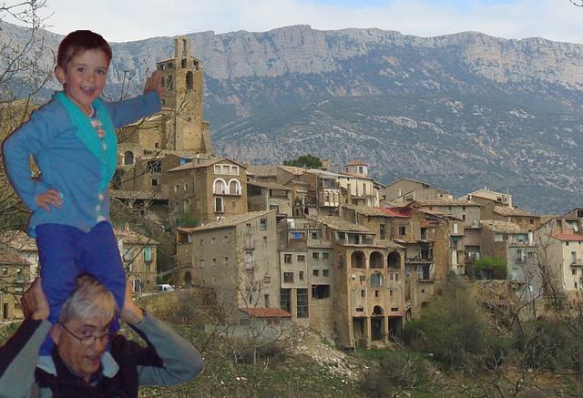 Mia nepo Mateu tiom alta kiom la Kirko de Àger (Katalunio)