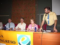 Alejandro Pareja komencas la malfermon de la kongreso