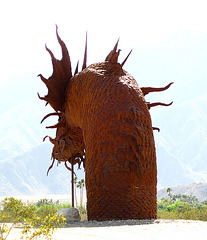 Ricardo Breceda's Dragon sculpture in Galleta Meadows Estate (4508)