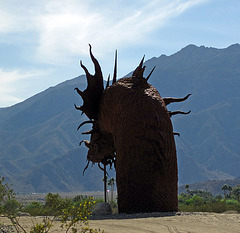 Ricardo Breceda's Dragon sculpture in Galleta Meadows Estate (4509)