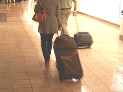 Mon arrivée à Bruxelles !  /  First photographed high heeled Lady -  Brussels airport  - 19-10-2008