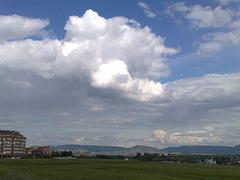 Nubes sobre la Cuenca de Pamplona