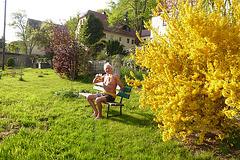 Frühlingstrank auf der Bank - je via sano - printemptrinkado sur benko