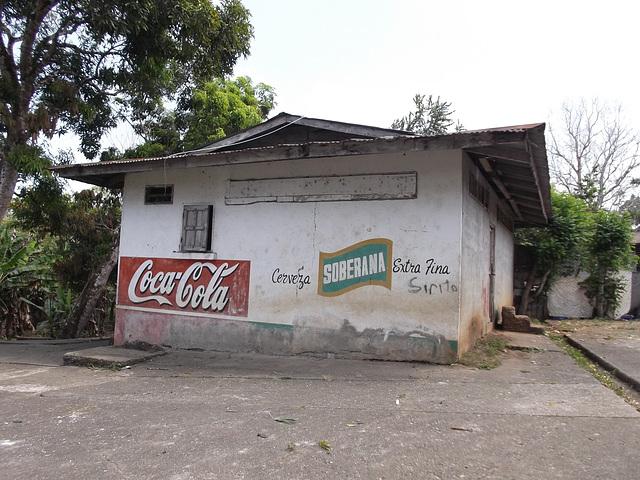 Coca-cola ou bière Soberana......une décision s'impose.