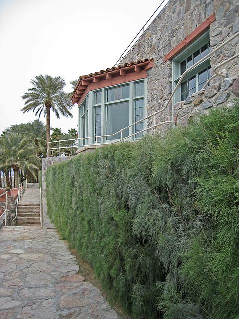 Furnace Creek Inn - Tamarisk Hedge (2047)