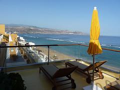 Panorámica de la playa desde el hotel en las Canteras
