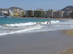 Olas en Gran Canaria playa de las Canteras