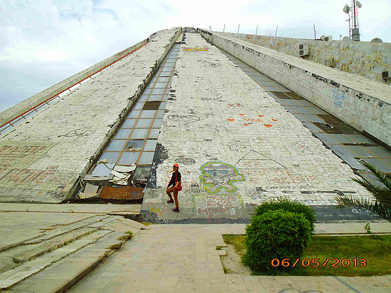 La piramido en Tirano