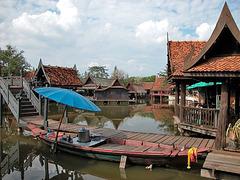 The Floating Market ตลาดน้ำ