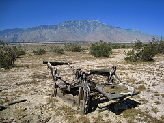 Mt San Jacinto and Recliner Chair (1055)