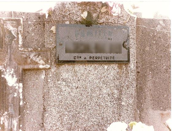 dans un petit cimetière de la France profonde