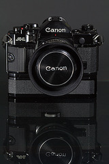 CANON A-1 avec son POWER winder A