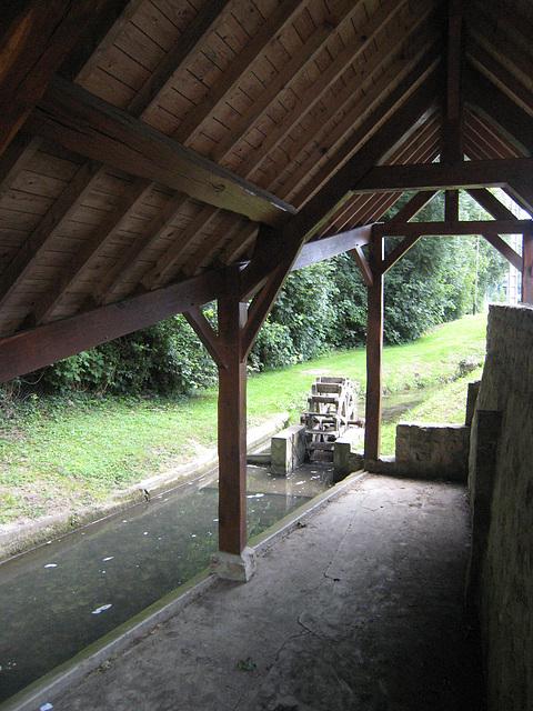 Moulin - lavoir - Les Ormes sur Voulzie (77)