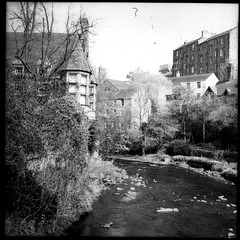 Well Court and the Water of Leith