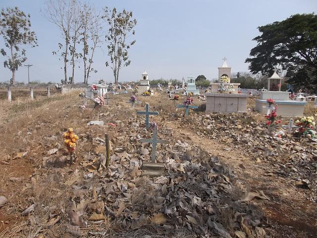 Cimetière hispanique / Hispanic cemetery / Cementerio hispano.