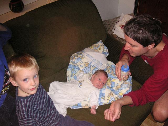 Vater mit 2 von 4 Kindern