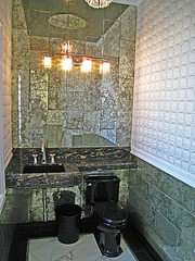 Boddy House Toilet (2296)