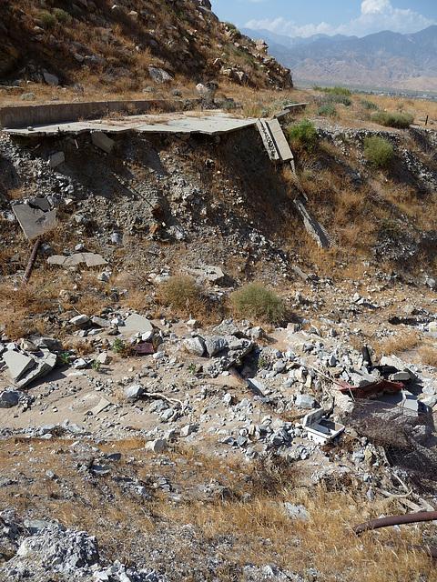 Colorado River Aqueduct at Mt San Jacinto (0428)