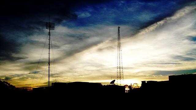 Sunset  (July 6, 2009/18:36:54BST)