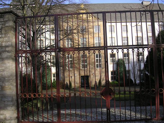 Philosophisch - Theologische Hochschule