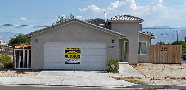Foreclosure Auction (0352)