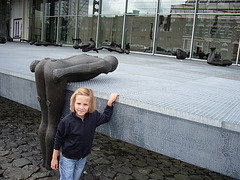 Yasna apud ne tute deca skulpturo