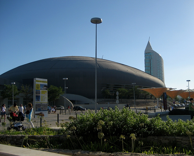 Lisboa, Parque das Nações (ex-EXPO 1998), Pavilion Atlantic and residential tower
