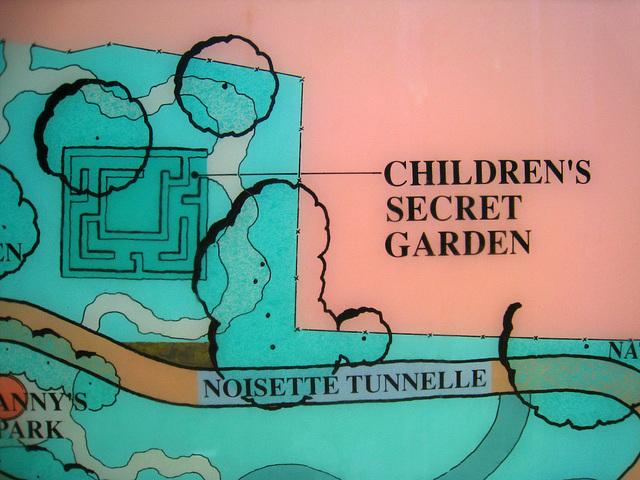 Children's Secret Garden (2210)
